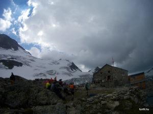 Tierbergli Hütte és a Vorder Tierberg