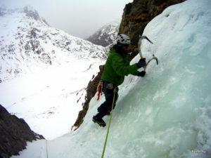 Téli magashegyi tanfolyam - mix-mászás, jégmászás
