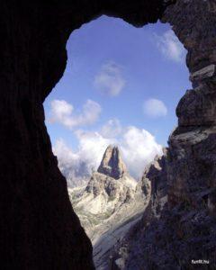 Dolomitok - kilátás a Torre di Toblin-ra