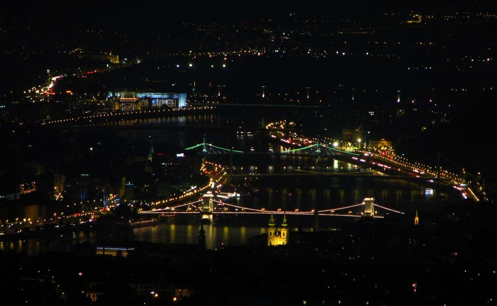 Éjszakai túra a Budai-hegységben